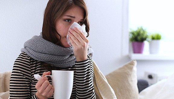 How Vitamin C and Zinc Support you During a Cold